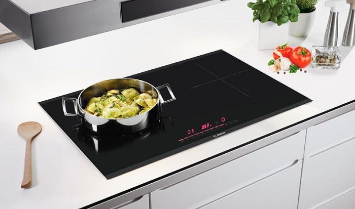 Nấu nướng an toàn với bếp từ bosch PUJ631BB2E